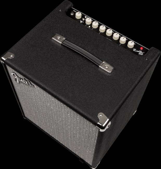 Fender Rumble 100 Bass Combo - Angle view