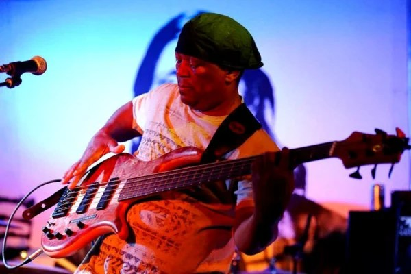 Bass Players to Know: Bakithi Kumalo