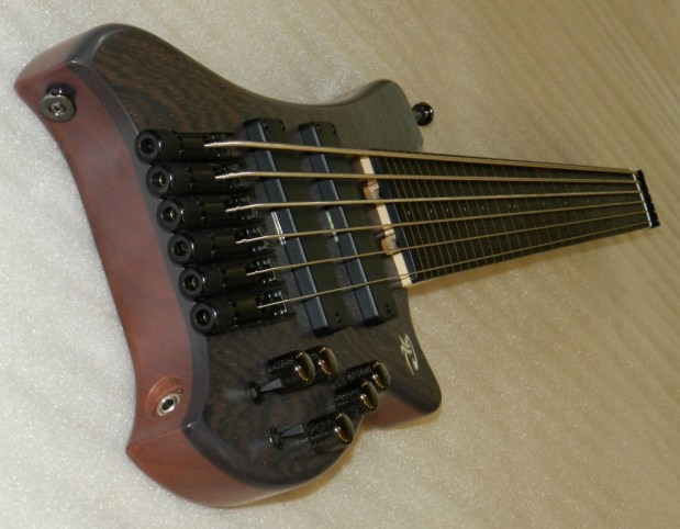 Paul Lairat Travel Bass Wenge Angle