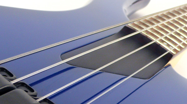 Bass of the Week: Willcox Guitars Saber SL