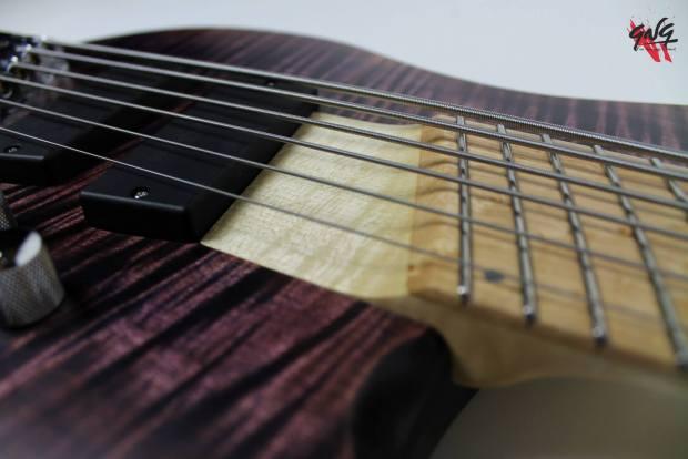 Negrini Guitars Fëanor JMS6 Neck Pocket