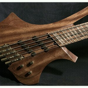 Dahrendorf Guitars Introduces Daikatana Bass