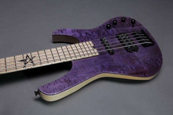 Bass of the Week: Brutal Guitars Egregore 5