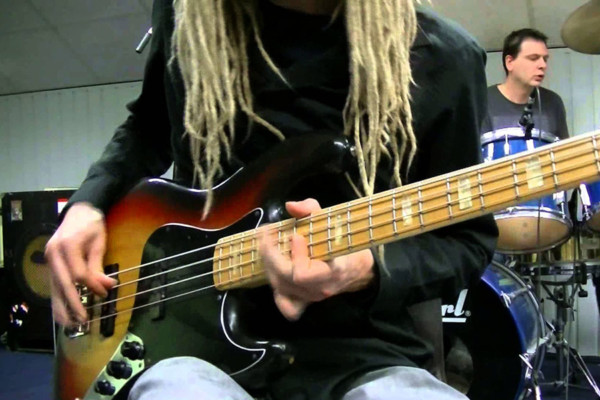 Remco Hendrix: Funk Bass & Drum Grooves
