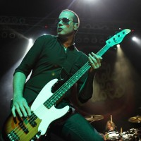 Bass Players to Know: Robert DeLeo