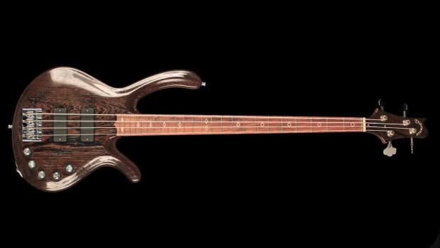 Vibrance Guitars Bass 4