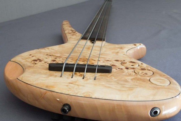 CG Lutherie Orchid Bridge View