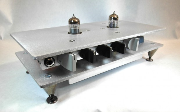 NOISE Audio Design The Perfect Storm Bass Preamp (angled view)