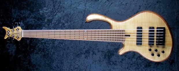 LedBelli Basses Noah 6-string Bass