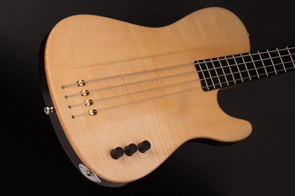 Bass of the Week: Tomisic Guitars MarkOne Bass