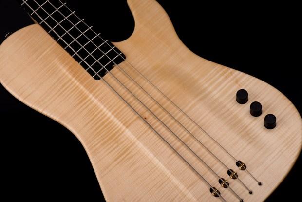 Tomisic MarkOne Bass Body Closeup
