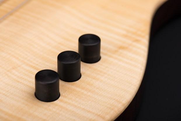 Tomisic MarkOne Bass Controls