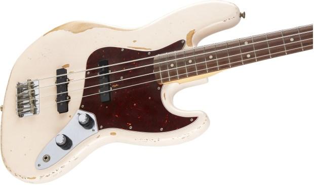 Fender Flea Signature Bass Body Angle 2