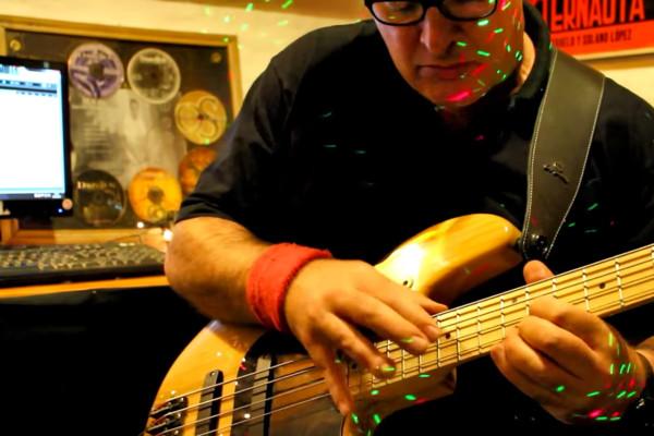 Marcelo Yakko: Jingle Bass