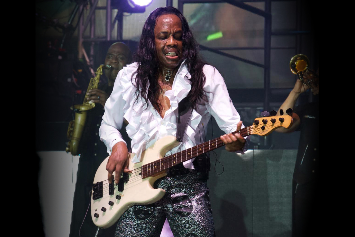 Verdine White with Original Sadowsky Bass