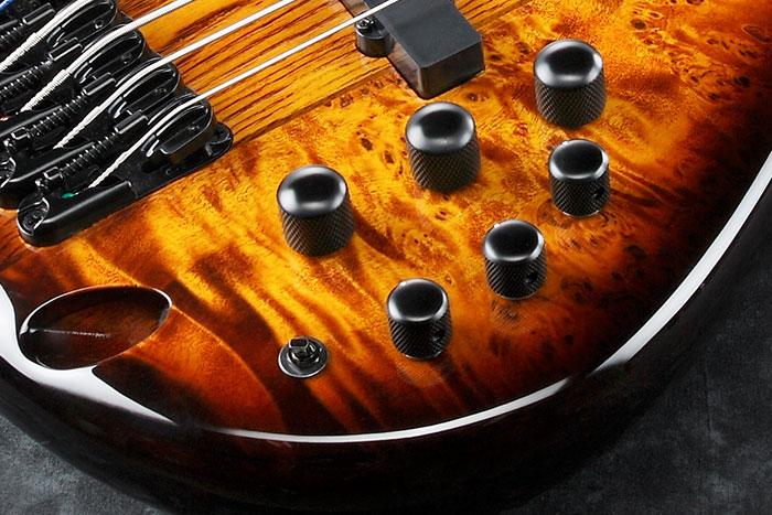 Ibanez Ashula SRAS7 Hybrid Fretted-Fretless Bass Controls