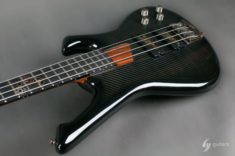 GV Guitars NeoFang Steambass Body 2