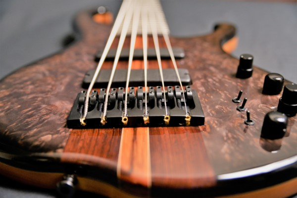 Bass of the Week: Muckelroy Six-String Solo