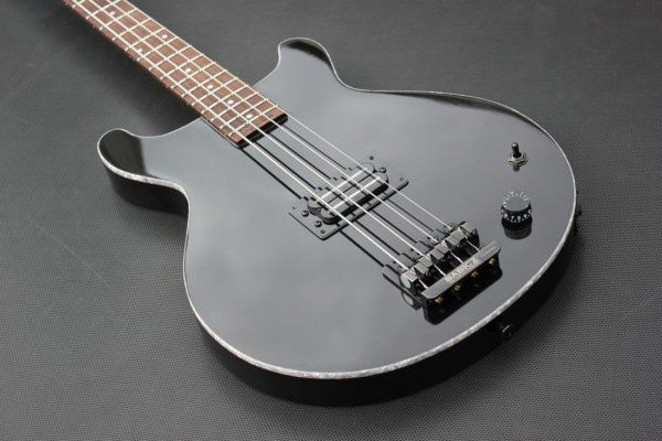 Bass of the Week: Brooks EB-RBL