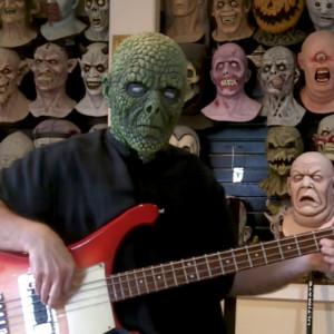 """Troy Hughes: Bass Cover of """"La Caccia"""""""