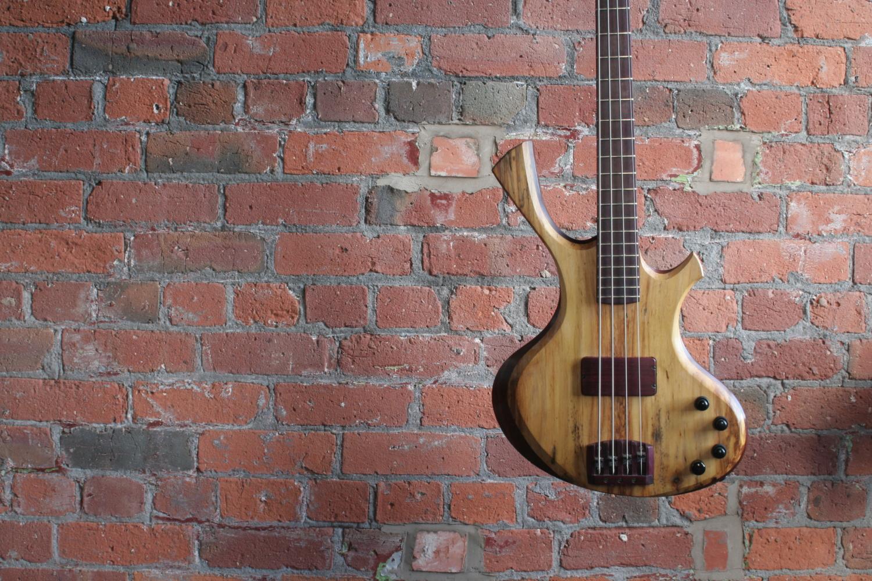 Fleeting Guitars Tsukanoma Bass
