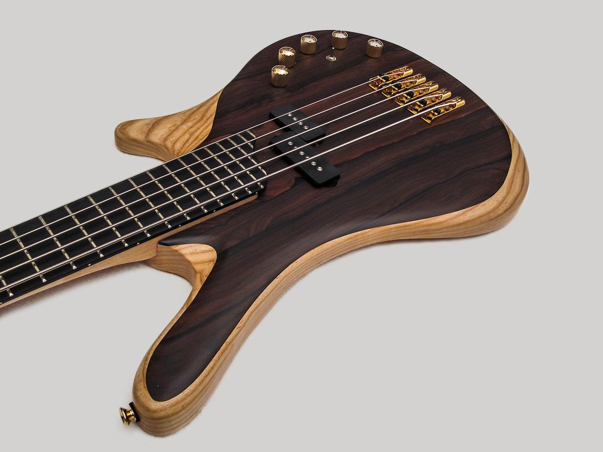 Amnesia Guitars Leo Bass Body