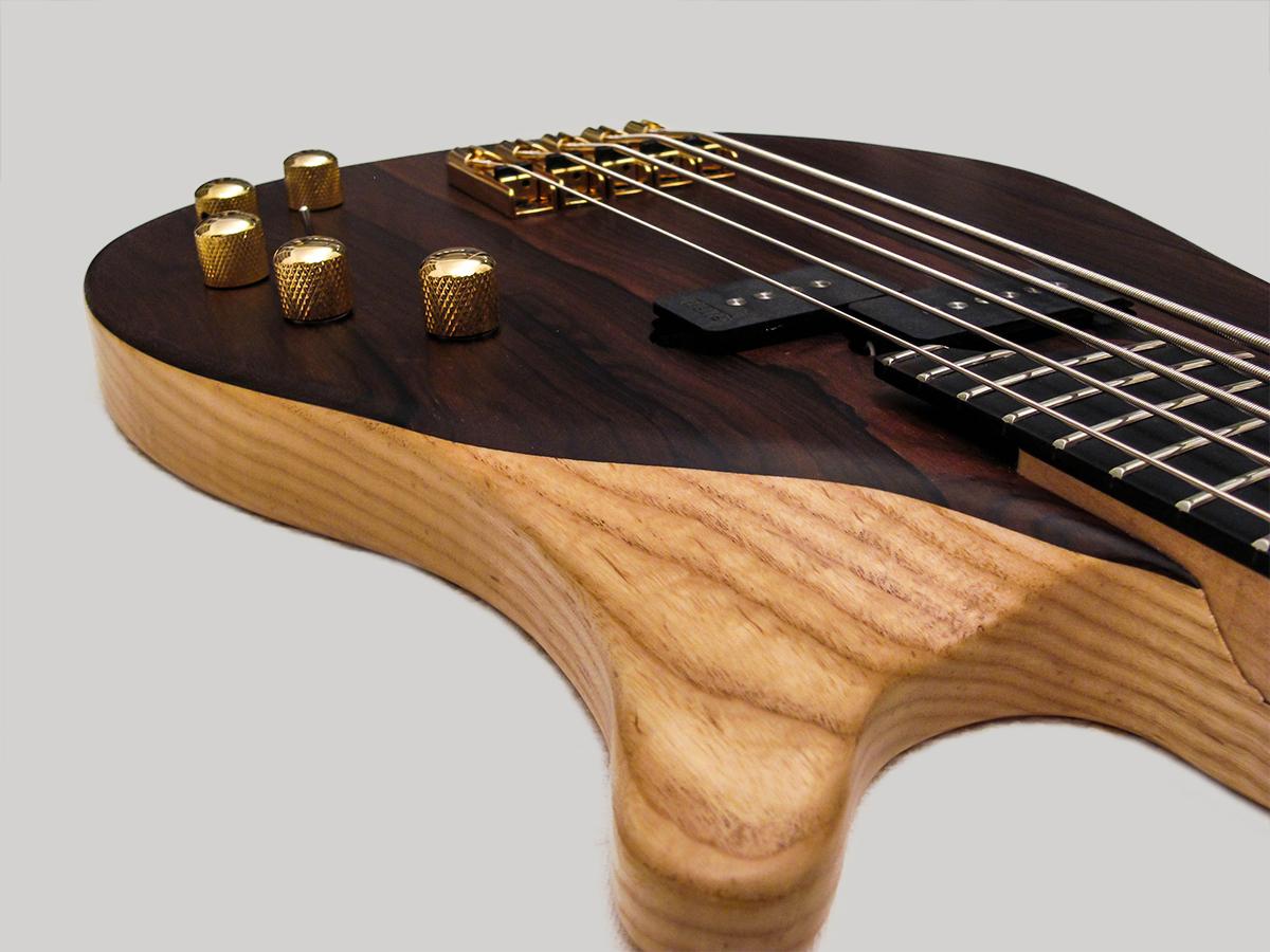 Amnesia Guitars Leo Bass Lower Horn Closeup