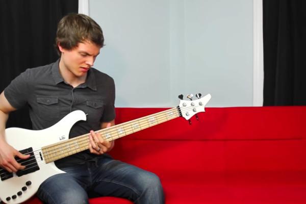 Nathan Navarro: 10 Classic Synth Riffs on Bass Guitar