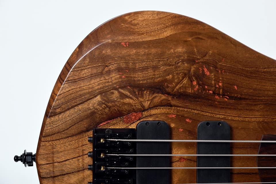 Novacorda Barbaros Bass Top Closeup
