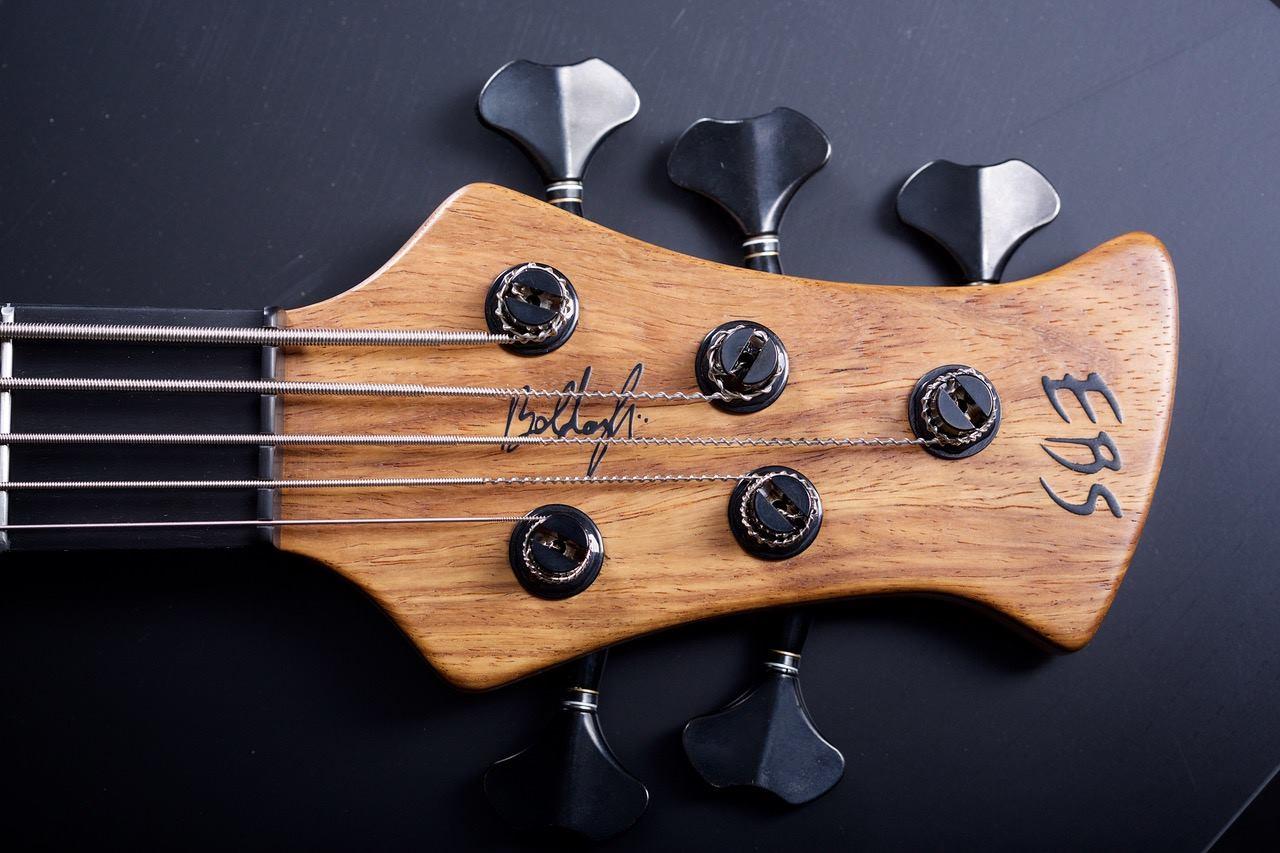 Boldogh Guitars EBS 30th Anniversary Bass Headstock