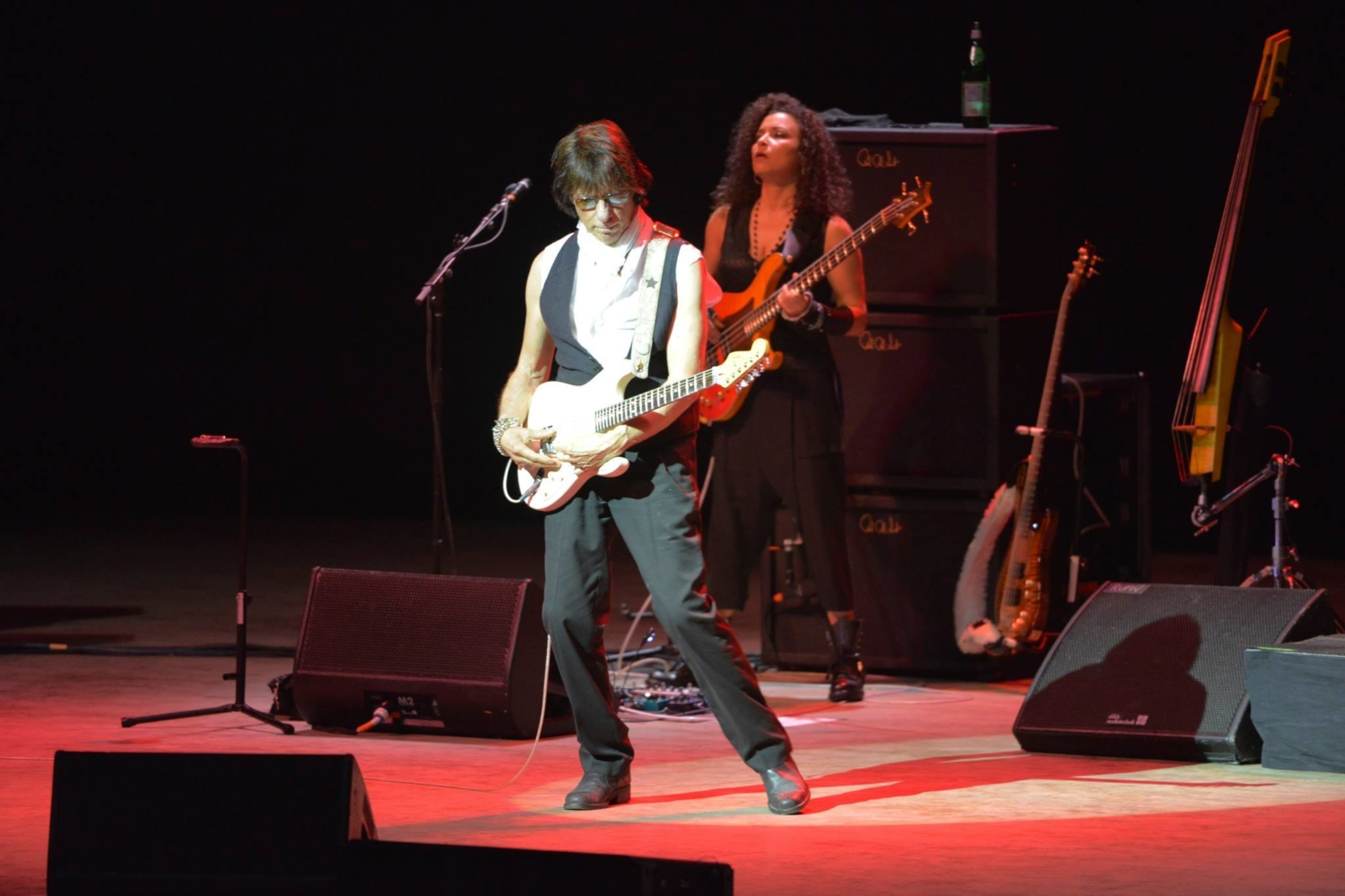 Jeff Beck with Rhonda Smith