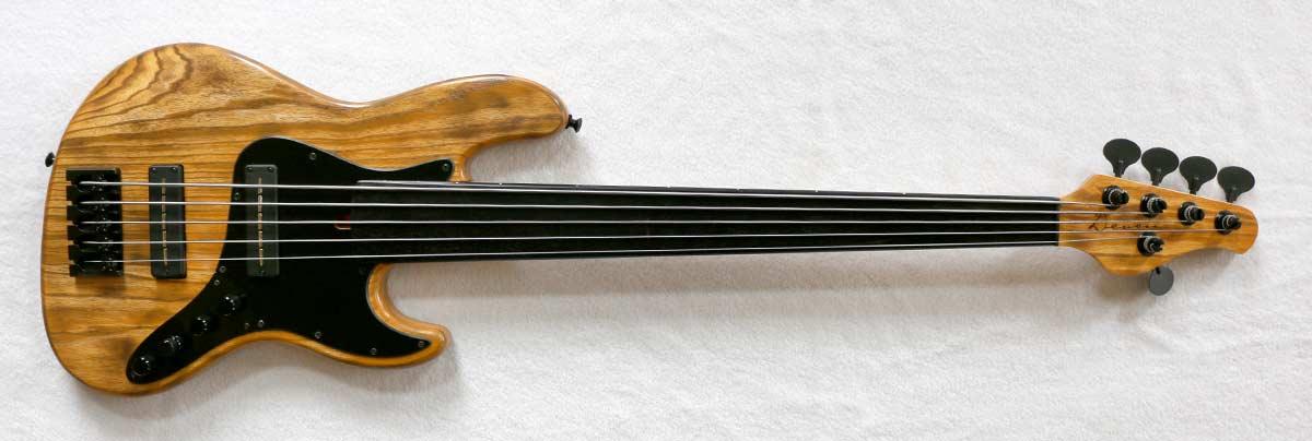 Devon Bass J5 Classic Fretless Bass