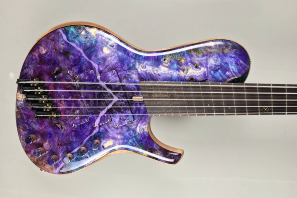 Bass of the Week: DTC Bass Guitars 5-String Multiscale Singlecut