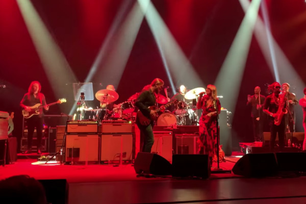 Tedeschi Trucks Band: Shame