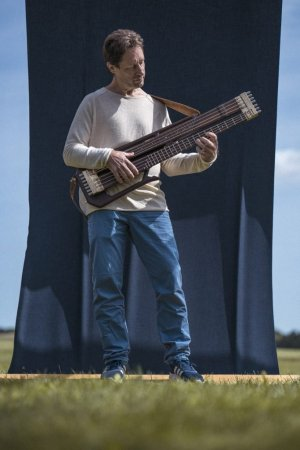 Nordic Guitars Rotator Bass with Builder