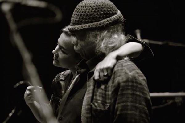"David Crosby Announces ""Sky Trails"" Tour with Bassist Mai Leisz"