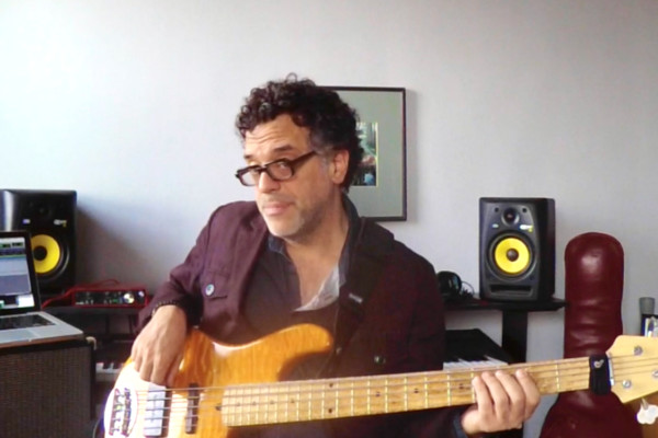 Vertical Soloing: Using Minor Pentatonic on Five Chord Types