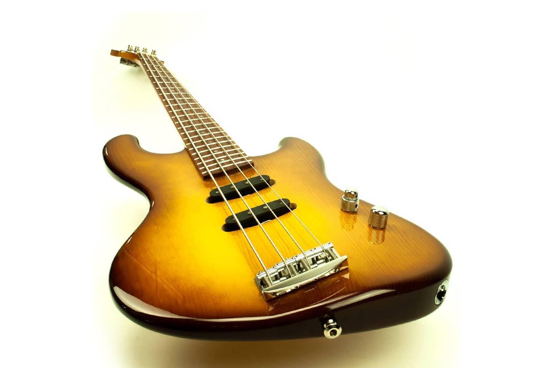 Torzal Guitars Hybird Bass Angle with Twist