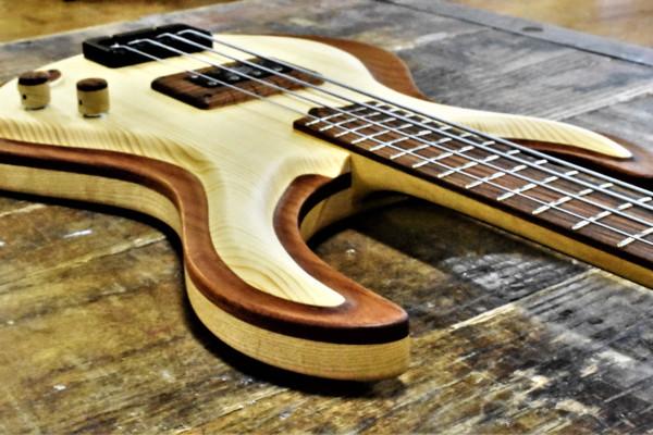 Bass of the Week: Cosmic Woodworking Jupiter Bass