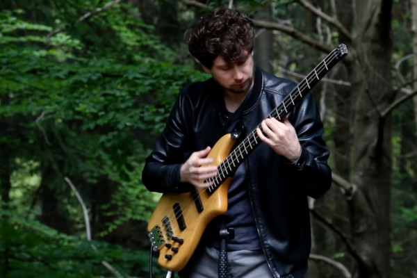 Zander Zon: The Avengers (Solo Bass)