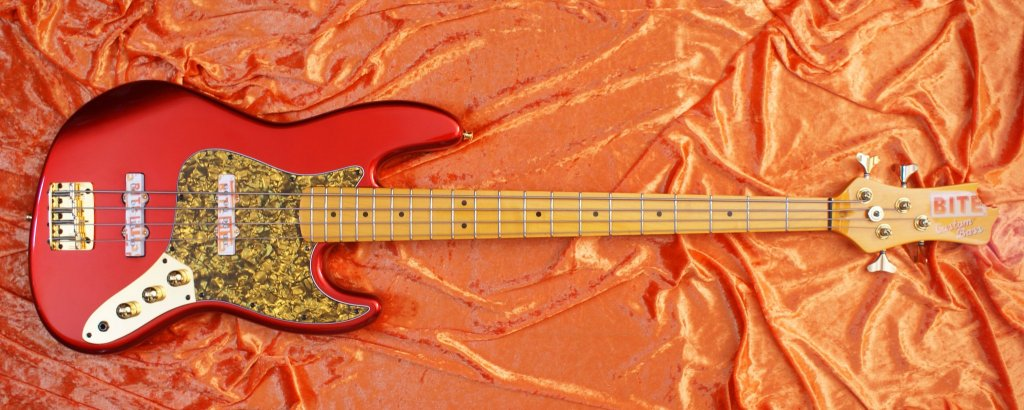 BITE Guitars Jawbone JJ Red Bass