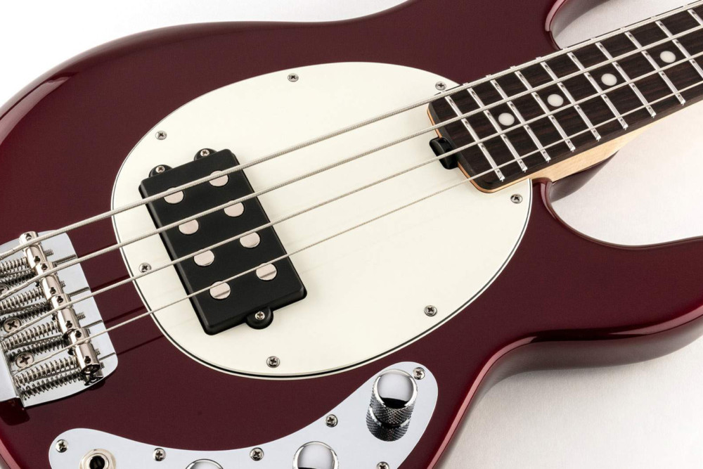 ernie ball music man short scale stingray bass now shipping no treble. Black Bedroom Furniture Sets. Home Design Ideas