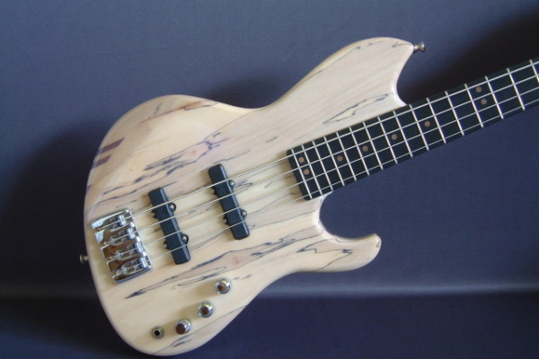 LeCompte Electric Basses Back in Business