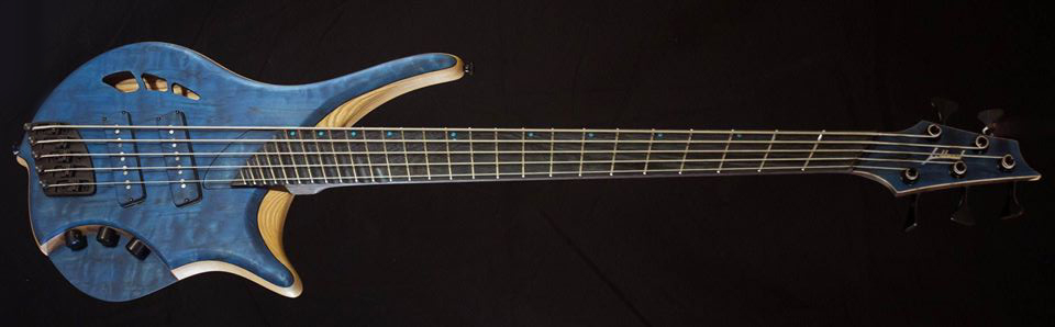 Jillard Guitars Armada Bass