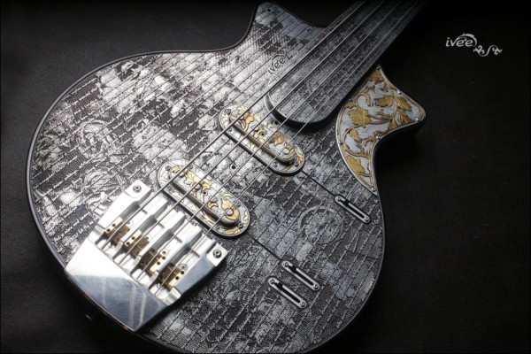 "Bass of the Week: iVee Guitars ""TTT Bass"" Misery 3030"