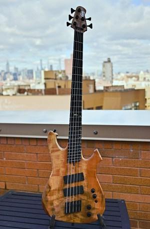 Geist Custom Instruments Phantom BF5 Bass