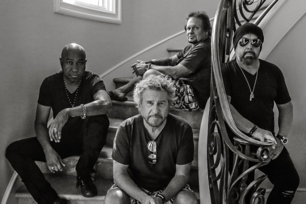 Sammy Hagar & The Circle Announce Tour with Whitesnake