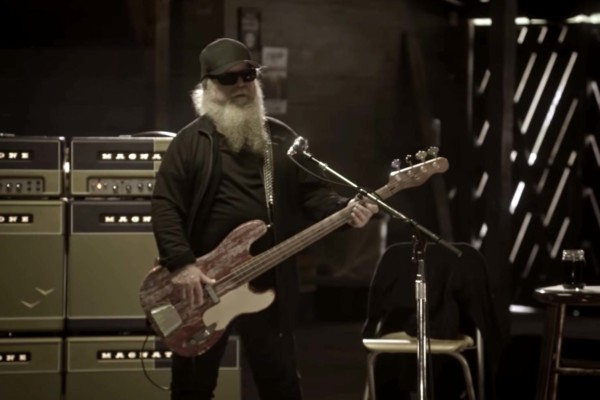 ZZ Top: Brown Sugar (Live From Gruene Hall)