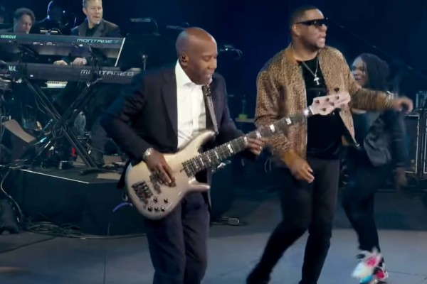 Nathan East and Mr. Talkbox: Daft Funk (Live)