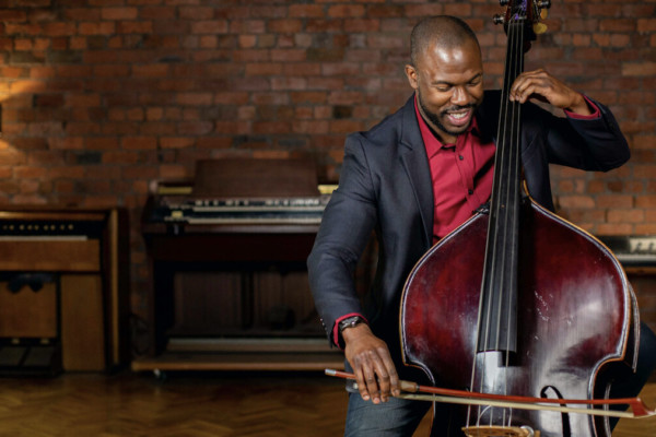 "Joseph Conyers Launches ""Orchestra Chops"" Course on Discover Double Bass"